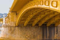 Construcción de acero abstracta de debajo el puente - Hungría Fotografía de archivo libre de regalías