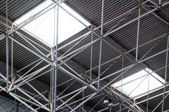 Construcción de acero industrial del techo fotografía de archivo libre de regalías