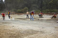 Construcción de carreteras en Kenia Imagenes de archivo