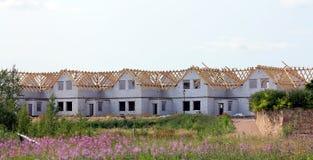 Construcción de casas de un solo piso Fotografía de archivo