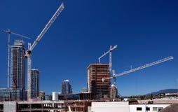 Construcción de edificios altos en la ciudad de Burnaby Imágenes de archivo libres de regalías