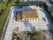 Construcción de edificios comercial de la casa de madera aérea imágenes de archivo libres de regalías