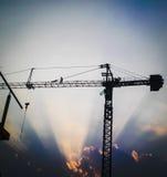 Construcción de edificios de la grúa Foto de archivo libre de regalías