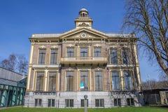 Construcción de escuelas anterior en el centro de Sappemeer Foto de archivo
