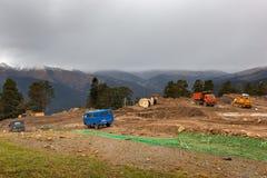 Construcción de la estación de esquí del parque de Arkhyz Foto de archivo