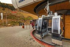 Construcción de la estación de esquí del parque de Arkhyz Fotografía de archivo