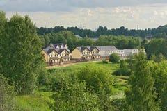 Construcción de las construcciones de viviendas en lugar rural Imagen de archivo