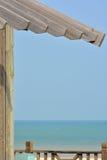 Construcción de madera de la playa Imagenes de archivo