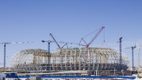 Construcción de un estadio de fútbol Fotos de archivo libres de regalías
