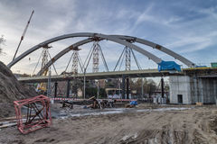 Construcción de un puente Imágenes de archivo libres de regalías