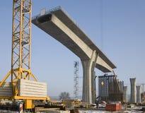 Construcción de un puente Fotografía de archivo libre de regalías