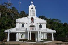 Construcción de una iglesia católica en el pueblo de Sabang en la isla de Palawan Filipinas Imágenes de archivo libres de regalías