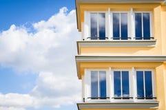 Construcción de viviendas moderna Fotografía de archivo libre de regalías