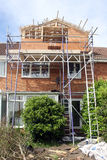 Construcción del Dormer en casa Fotos de archivo