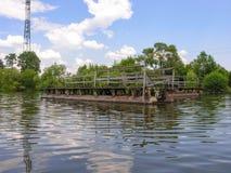 Construcción del embarcadero del metal Fotos de archivo