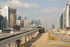 Construcción del metro en Dubai Imagenes de archivo