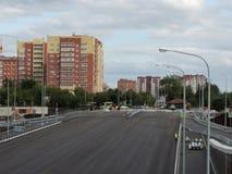 Construcción del nuevo camino en la ciudad Imagen de archivo libre de regalías