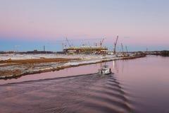 Construcción del nuevo estadio en Kaliningrado Imágenes de archivo libres de regalías
