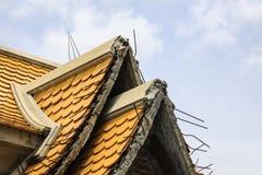 Construcción inacabada del tejado del templo Imagenes de archivo
