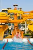 Construcciones de Aquapark en piscina Imágenes de archivo libres de regalías