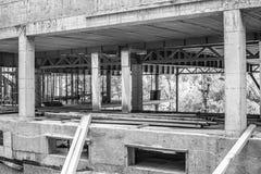 Construcciones de un edificio bajo la construcción o cuarto imagenes de archivo