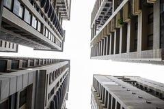 Construcciones de viviendas modernas imagen de archivo