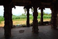 Construcciones del templo viejo en la India Foto de archivo