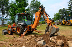 Free Construction At Lakeside Park Royalty Free Stock Images - 42796549