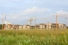 Construction of the building with cranes Royalty Free Stock Photography