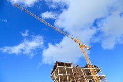 Construction Building and Yellow Crane Royalty Free Stock Photography