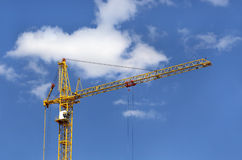Construction crane against blue sky Royalty Free Stock Photography
