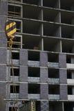 Construction d'un bâtiment renforcé monolithique image stock