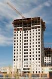 Construction d'une maison de rapport neuve Photo stock