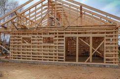 Construction d'une maison de structure de bois Photos libres de droits
