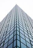 Construction de bloc de tour de bureau de ville Images libres de droits