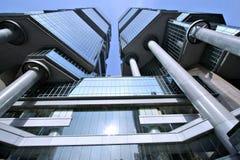 Construction de Hong Kong regardant vers le haut Images libres de droits