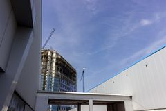Construction de l'immeuble de bureaux photo libre de droits