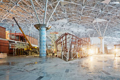 Construction de nouveau terminal chez Domodedovo Images stock