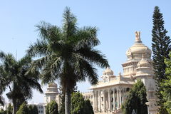 construction de soudha de vidhana Photographie stock