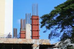 Construction de travail dans le lieu de travail de chantier Images stock