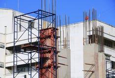 Construction de travail dans le lieu de travail de chantier Photos stock