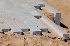 Construction de trottoir avec la brique concrète Photos libres de droits