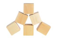 Construction des cubes en bois photo stock image du d veloppement aspirations 15111162 for Construction cube bois
