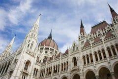 Construction du Parlement de la Hongrie Photo stock