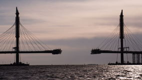 Construction du pont Câble-resté clips vidéos