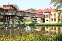 Construction en vieux jours de la Thaïlande Image stock