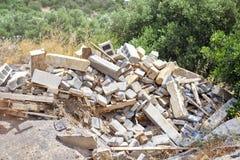 Construction et débris de démolition Fond des oliviers images libres de droits