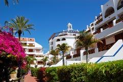 Construction et zone de récréation d'hôtel de luxe Images libres de droits
