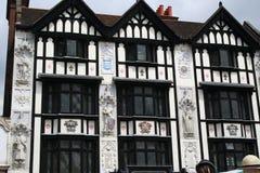 Construction fleurie de Tudor. Image libre de droits