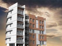 Construction moderne avec le ciel nuageux Photo libre de droits